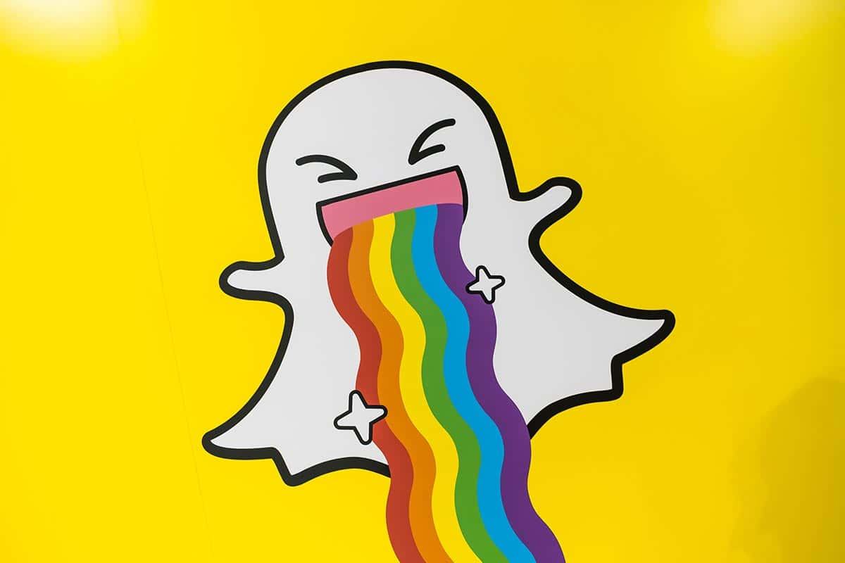 Group Chat & Creative Tools Introduced to Snapchat